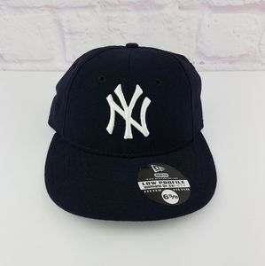 MLB New York Yankees Low Profile Fitted Hat